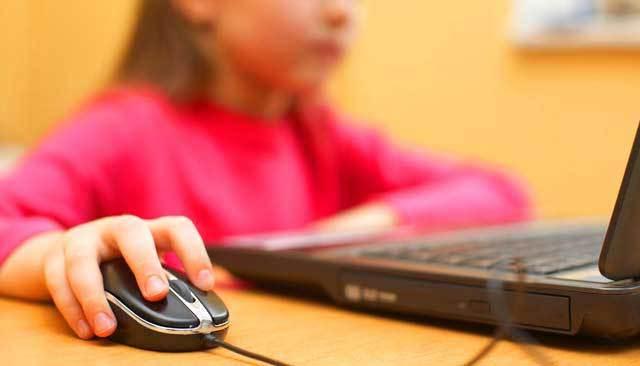 Paula Belmonte defende internet segura para as crianças