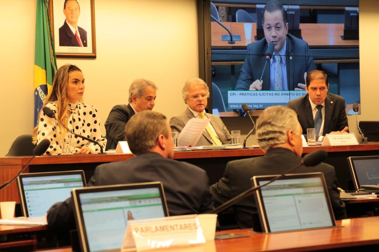 CPI aprova quatro requerimentos da deputada Paula Belmonte
