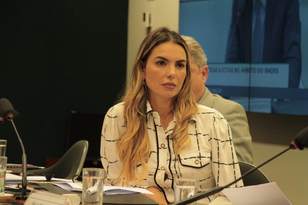 CPI do BNDES: Paula Belmonte questiona procurador sobre compra de frigorífico pelo grupo JBS