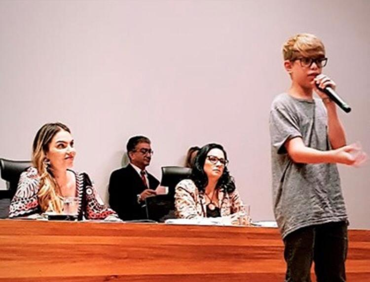 Infância e juventude são prioridades, afirma Paula Belmonte em Seminário na CLDF