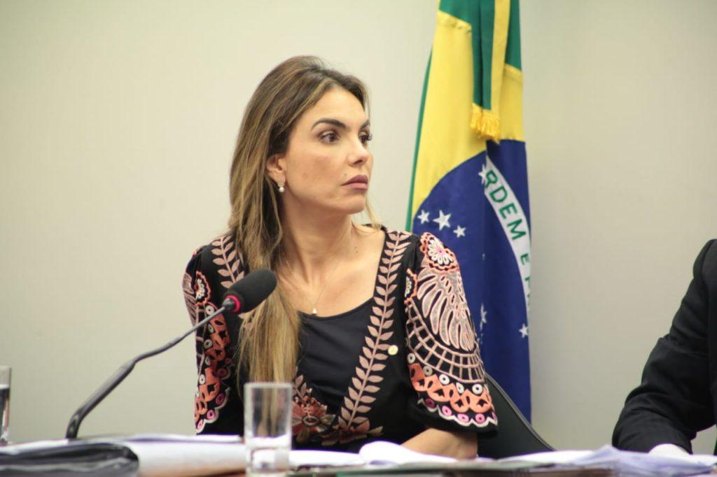 BNDES: aprovado requerimento de Paula Belmonte que convoca doleiro Lúcio Funaro para CPI