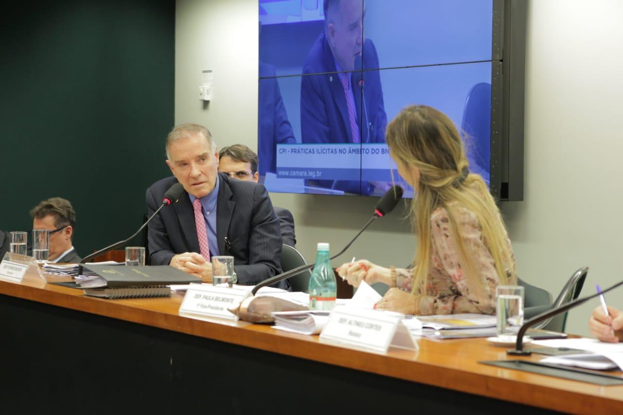 Paula Belmonte ironiza declarações de Eike Batista à CPI do BNDES