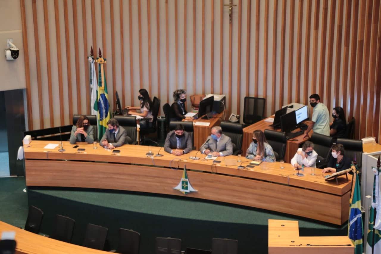 AO VIVO: Deputados distritais, federais e senadores cobram instalação da CPI da Pandemia na CLDF