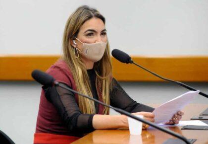 Paula Belmonte defende plano nacional integrado para enfrentar crise de Covid-19