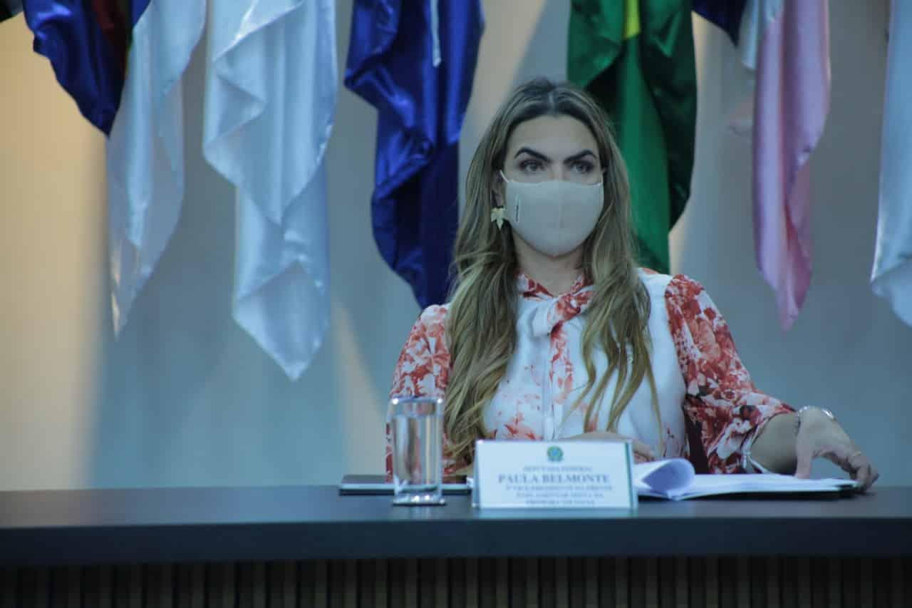 """""""Vacinação precisa ser tratada com seriedade"""", afirma Paula Belmonte"""