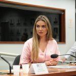 Paula Belmonte defende derrubada do veto para plano de saúde de policiais