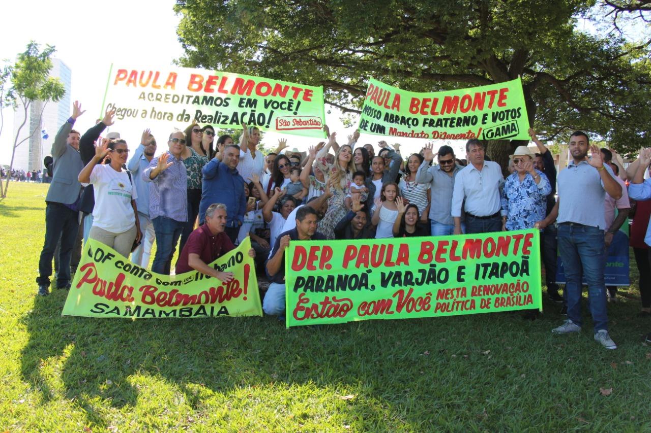 Apoiadores prestigiam a posse de Paula Belmonte na Câmara dos Deputados