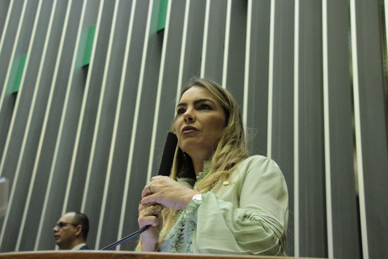 Paula Belmonte participa de Sessão Solene em homenagem ao aniversário de Brasília