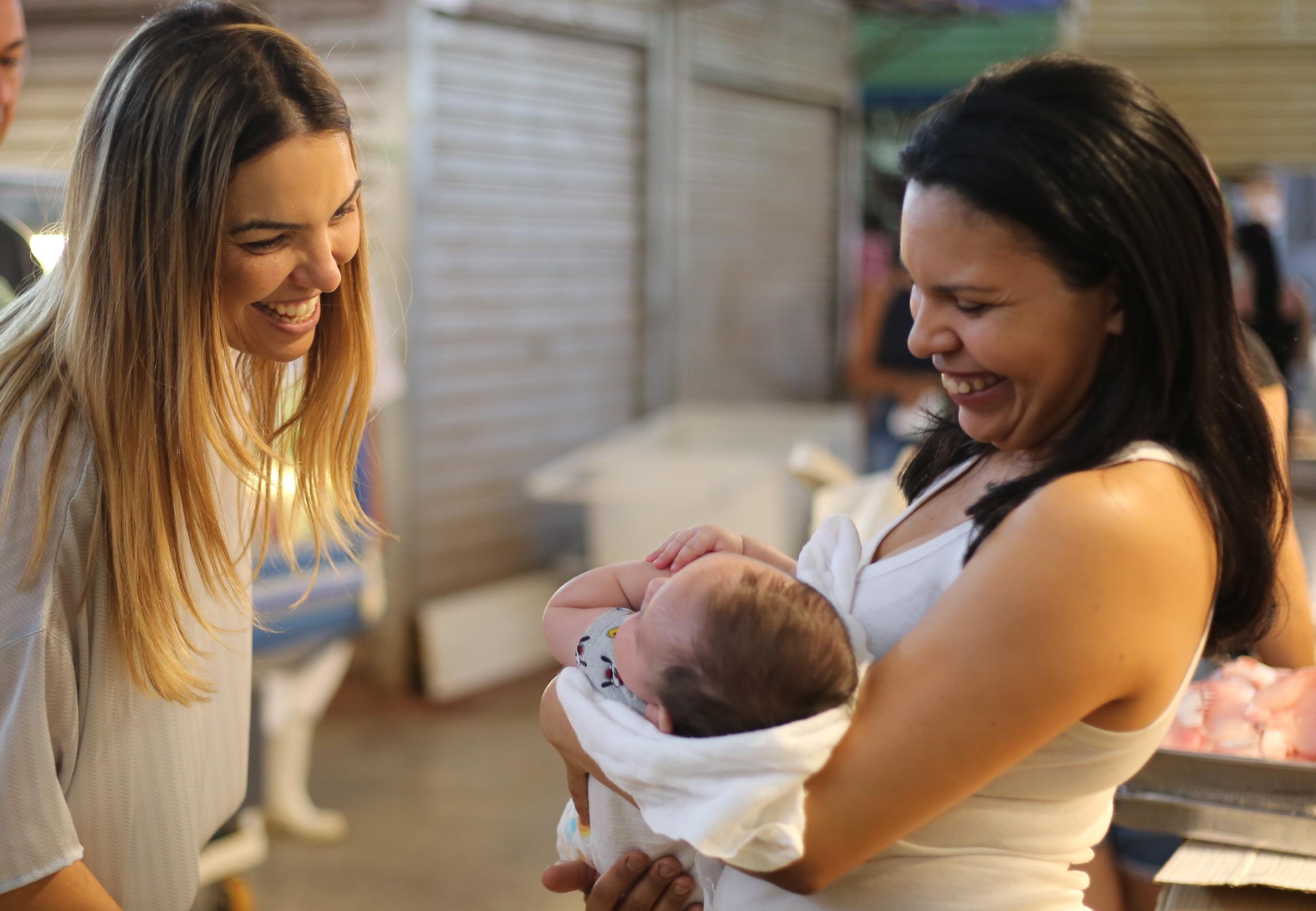 Paula Belmonte reforça campanha em prol da amamentação