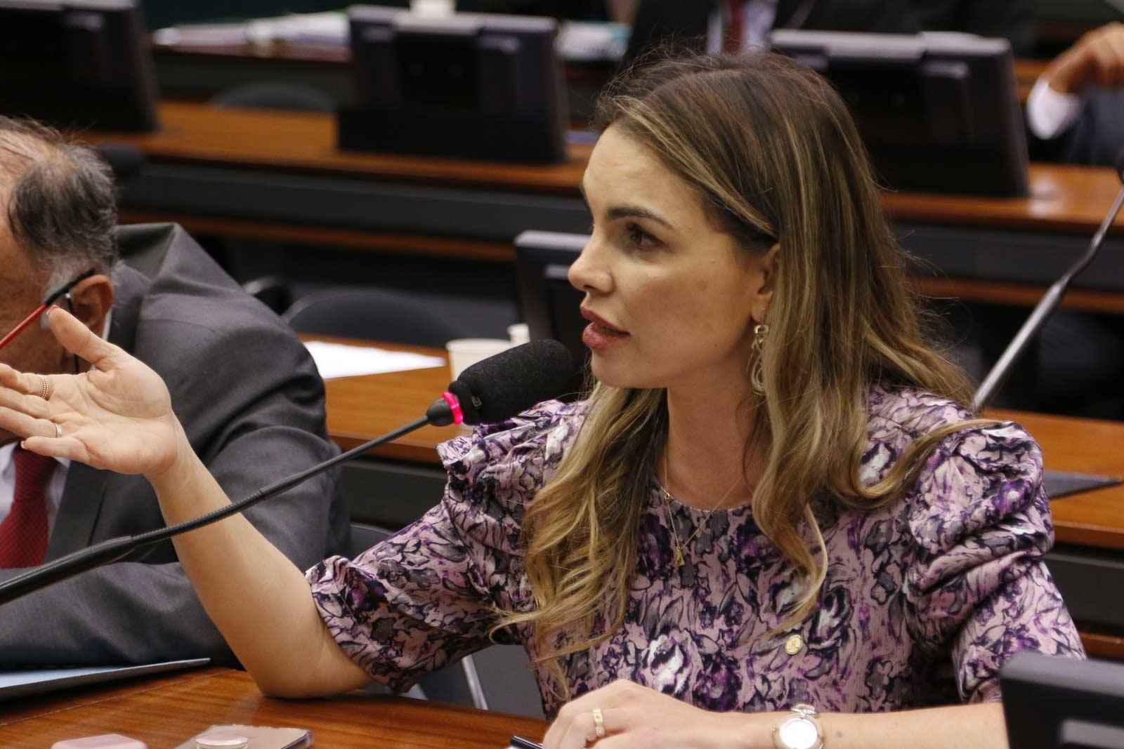 CPI do BNDES: depoente relata compra de informações privilegiadas, diz Paula Belmonte