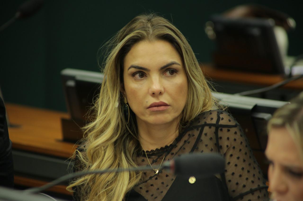 BNDES: Paula Belmonte afirma que caixa preta existe e CPI quer abrir