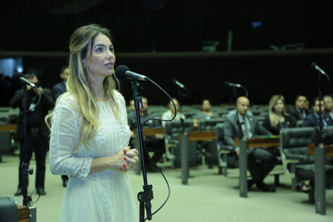 Paula Belmonte pede que Defensoria Pública ajude conselho tutelar