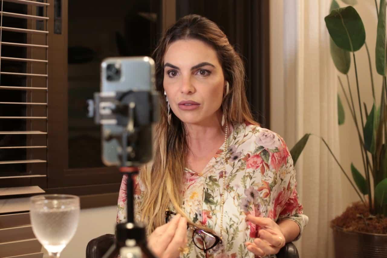 Paula Belmonte propõe saídas para a crise