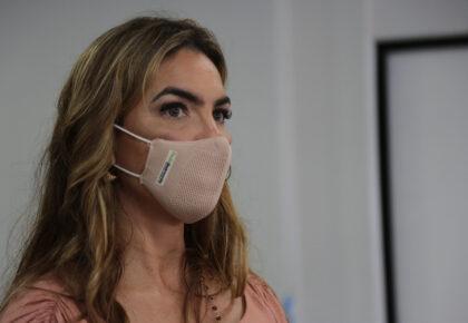 Paula Belmonte defende vacinação para profissionais de saúde